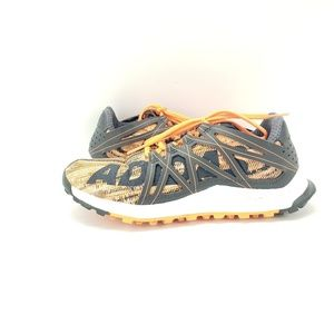 adidas Shoes - ADIDAS VIGOR BOUNCE Orange/Black Trail/Running Sho